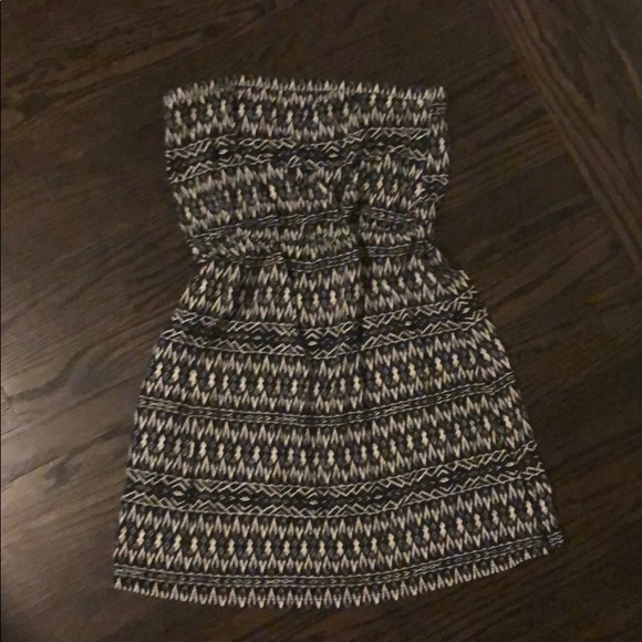 Mossimo Supply Co. Dresses & Skirts - Cotton strapless tribal print dress